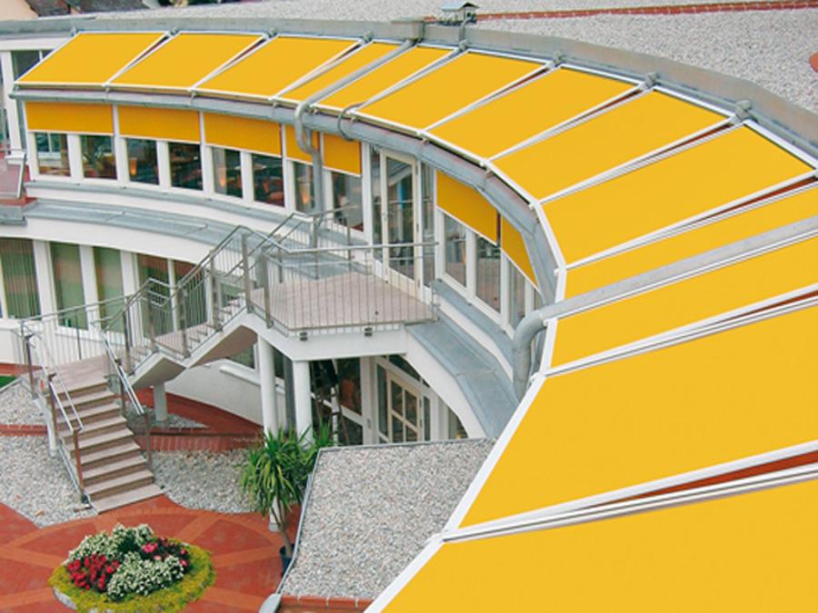 Stores de v randa pour plus de confort douillet for Store de veranda exterieur
